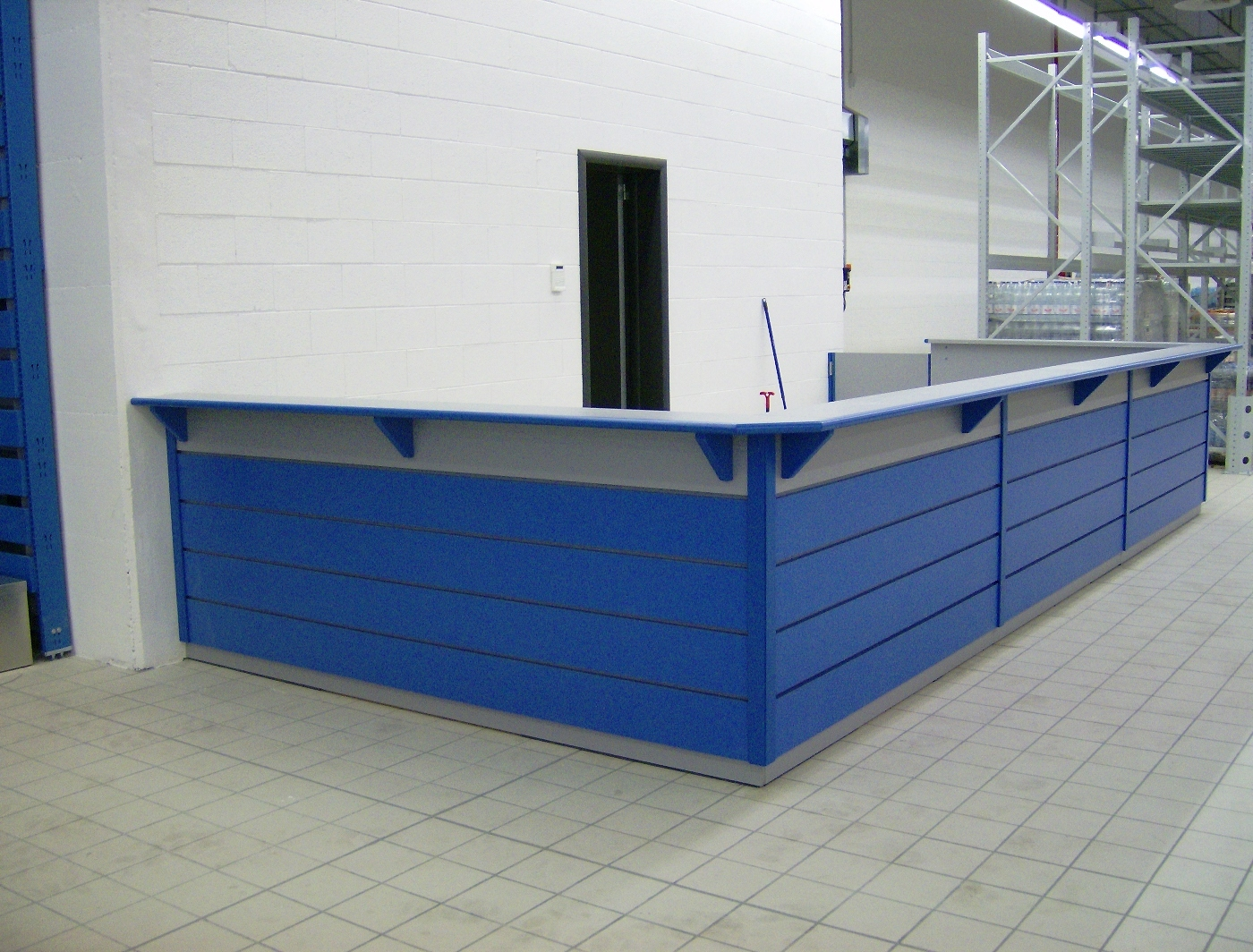 Centro commerciale torino zetadesign contract arredamento brescia mobili su misura - Brescia mobili torino ...